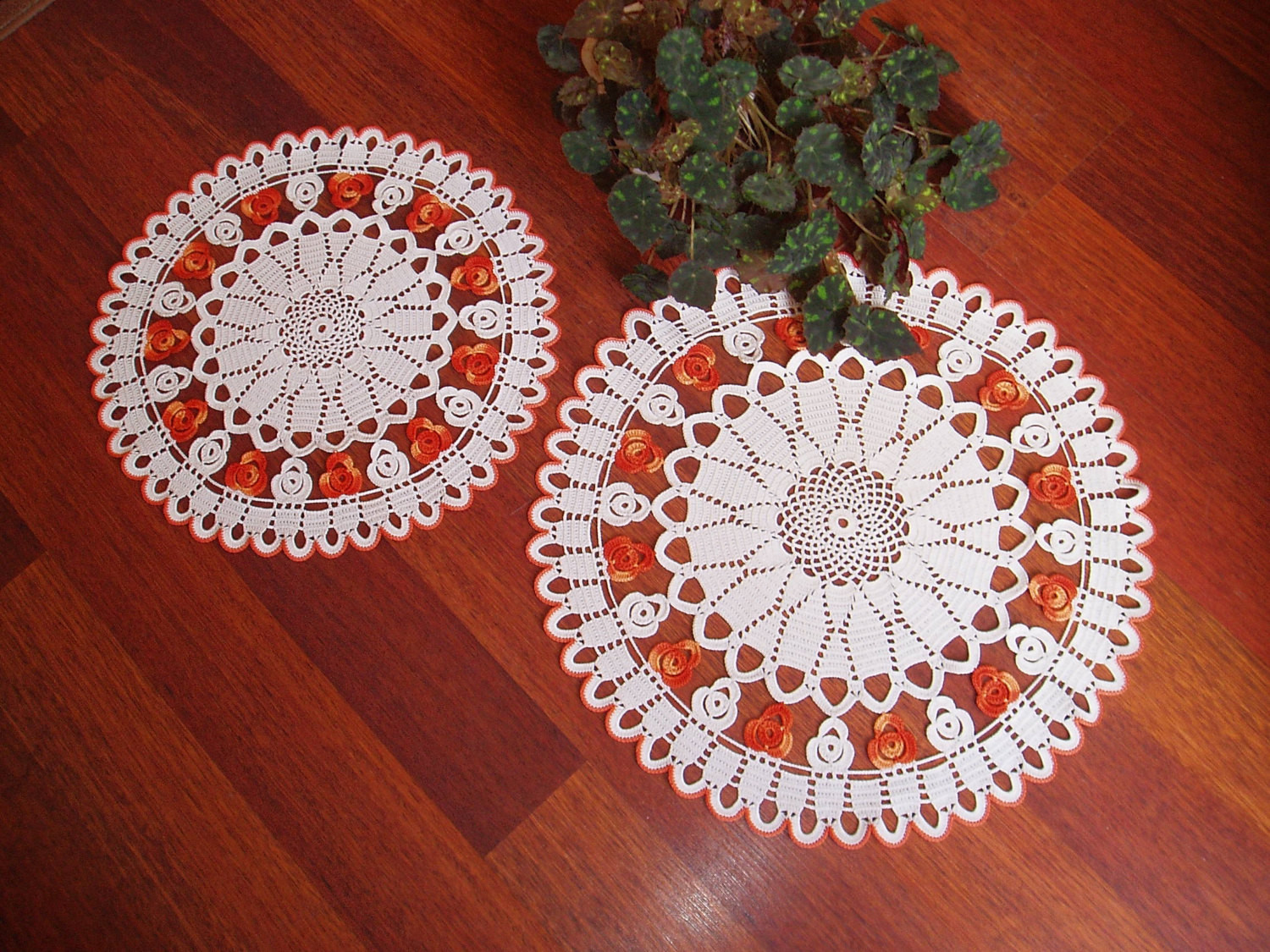 New Two Lace Crochet Ivory Ombre orange Round Doilies Crochet Crochet Table Of Awesome 45 Models Crochet Table