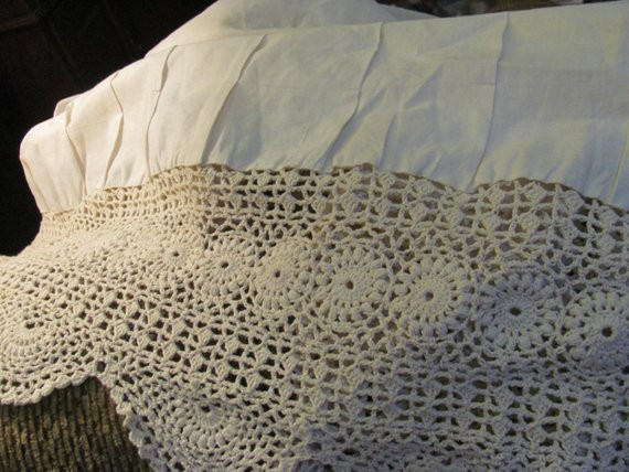 New Vintage Style Ivory Ecru Crochet Bed Skirt Dust Ruffle Shabby Crochet Bed Skirts Of Gorgeous 41 Pics Crochet Bed Skirts