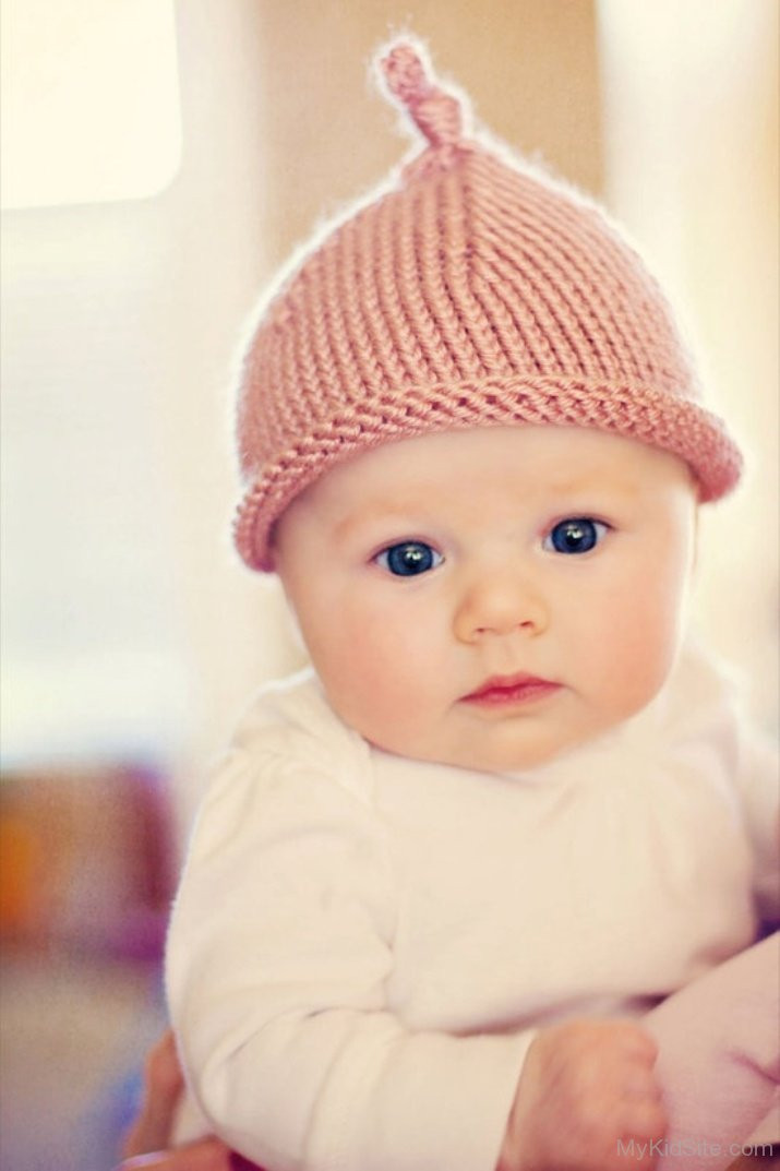 Newborn Baby Hats Elegant Cute Baby Wearing Pink Hat Of Beautiful 48 Pictures Newborn Baby Hats