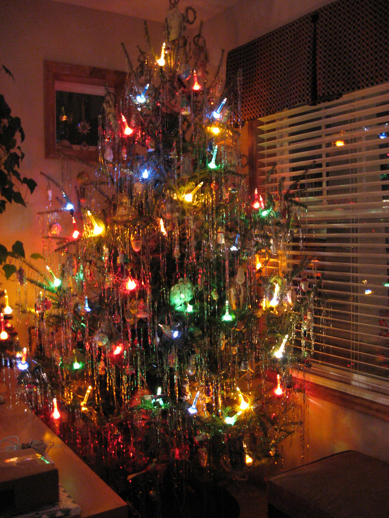 Old Fashioned Christmas Tree Inspirational 50 S Christmas Tree with Bubble Lights Of Amazing 43 Photos Old Fashioned Christmas Tree