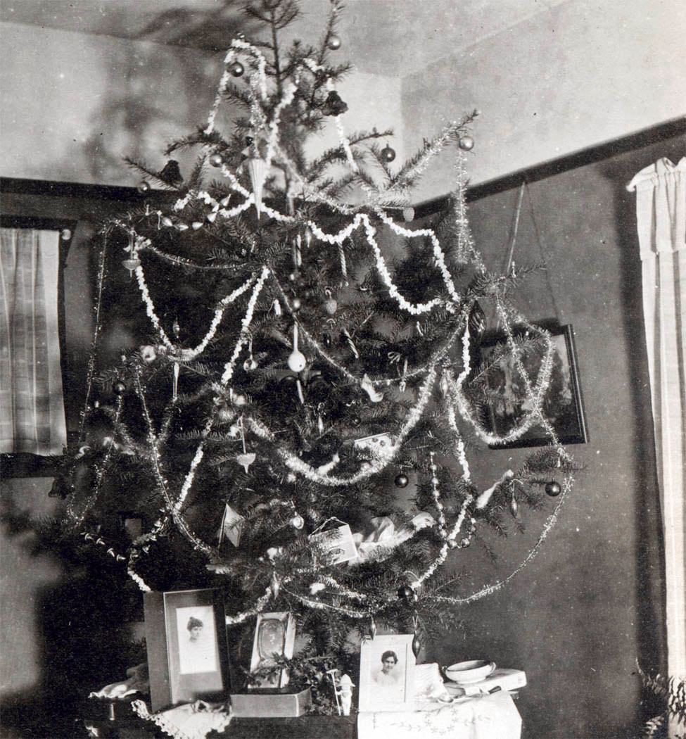 Old Fashioned Christmas Tree New Not Long Ago Joy Abounded at Christmas by Jack Kerouac Of Amazing 43 Photos Old Fashioned Christmas Tree