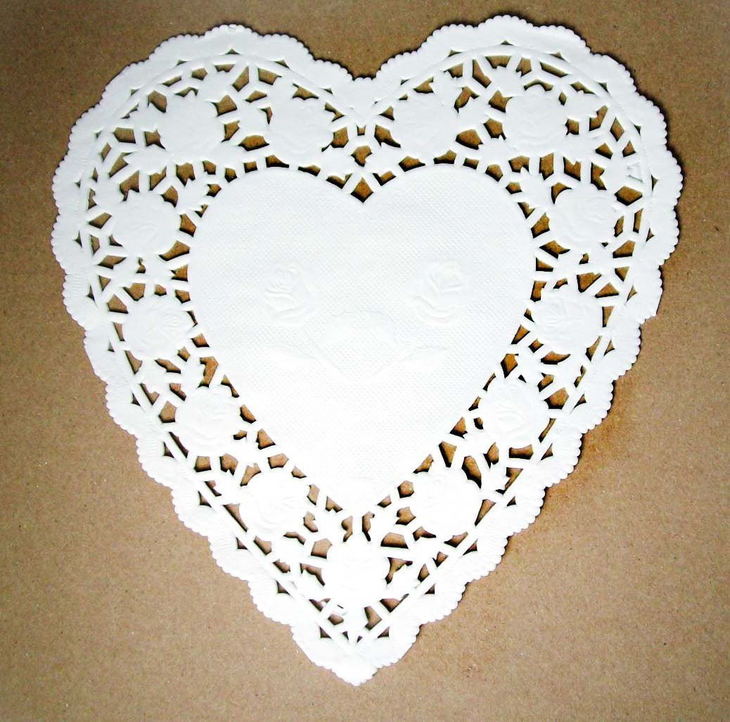 Heart Shaped Paper Doilies 25 doilies 6 inch white lacy
