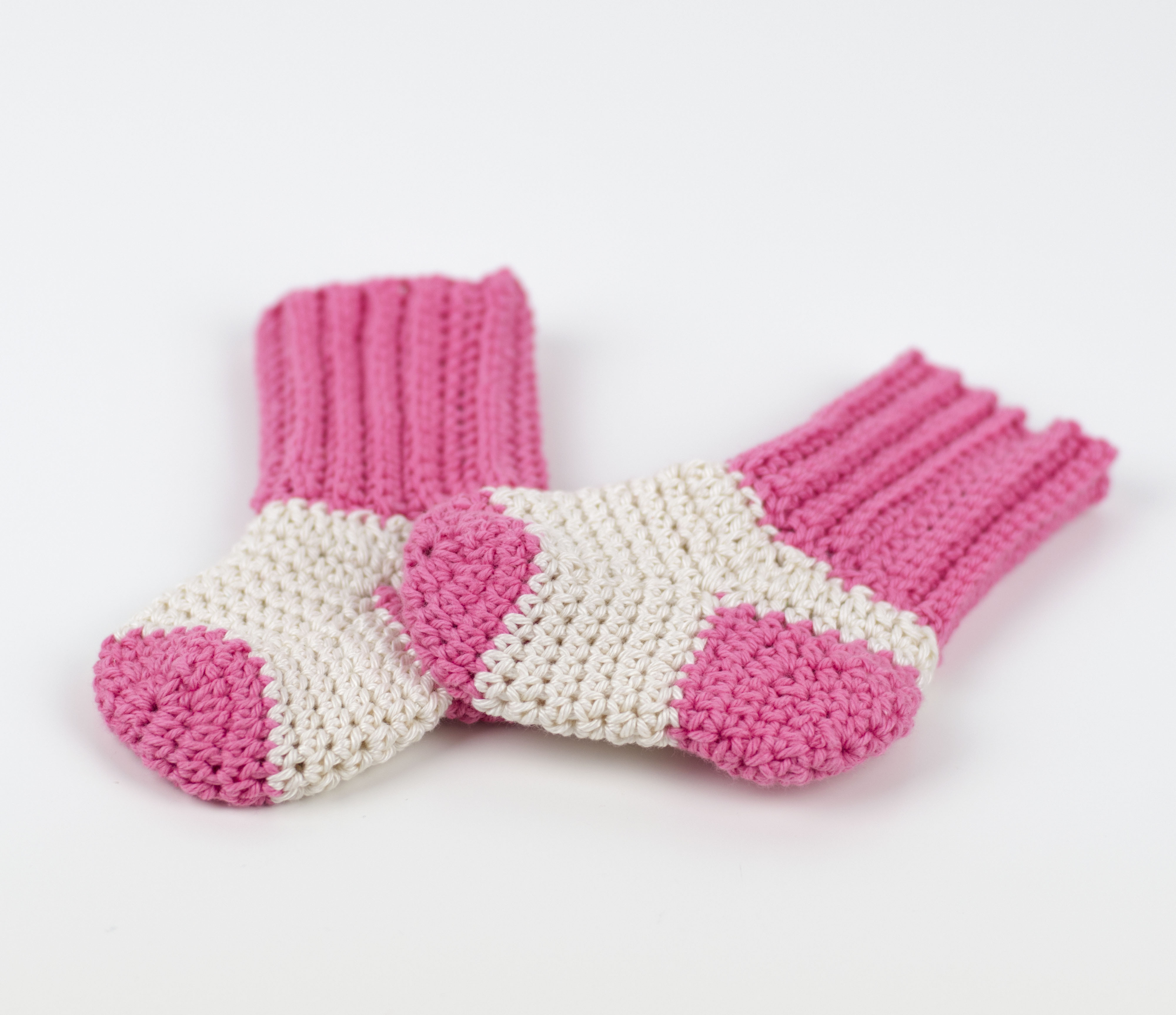 Patterned socks Beautiful Free Pattern Tiny socks for Tiny Feet – Croby Patterns Of Superb 48 Images Patterned socks