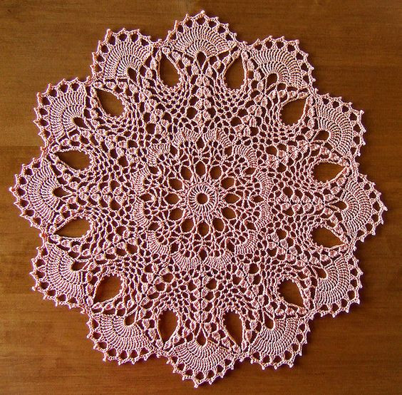 """Pineapple Doily Crochet Patterns Lovely From the Book""""heirloom Pineapple Doilies"""" by Patricia Of Perfect 47 Models Pineapple Doily Crochet Patterns"""