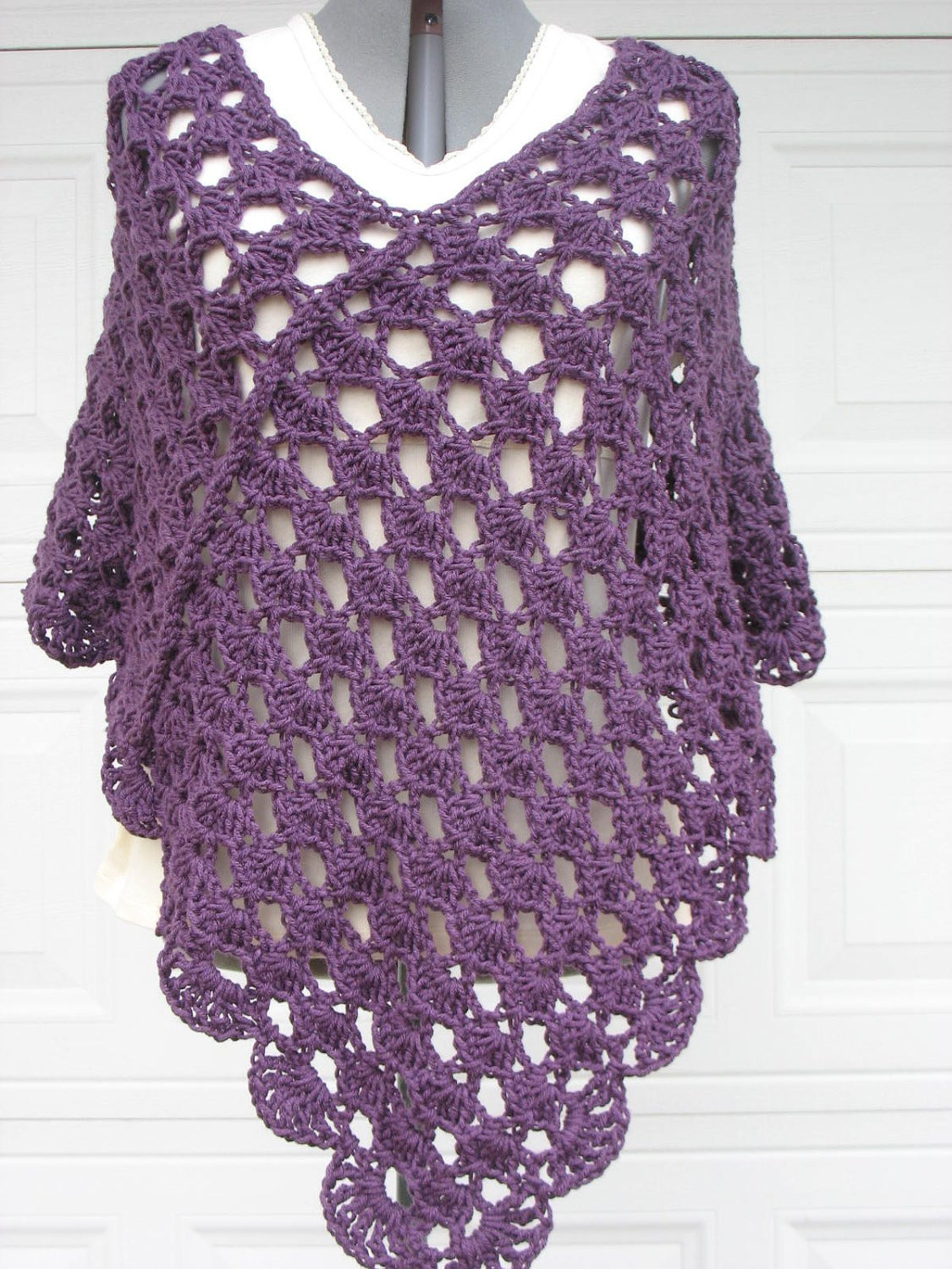 Plus Size La s Crochet Poncho Shell Stitch in Plum