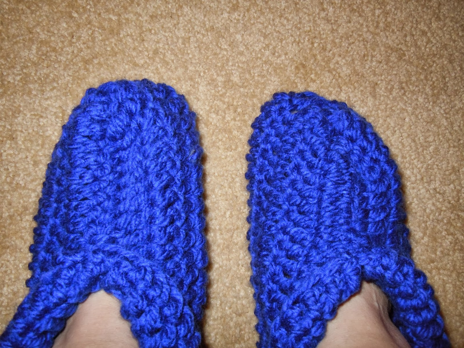 Craftdrawer Crafts Quick and Easy to Crochet Slippers