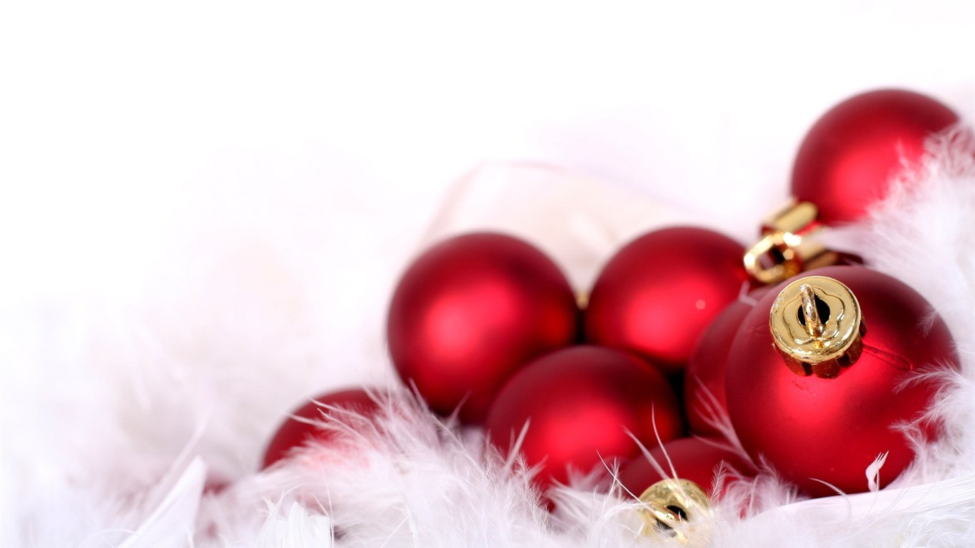 Red Christmas Balls Beautiful Red Christmas ornaments Wallpaper 8554 1366 X 768 Of Luxury 40 Pictures Red Christmas Balls
