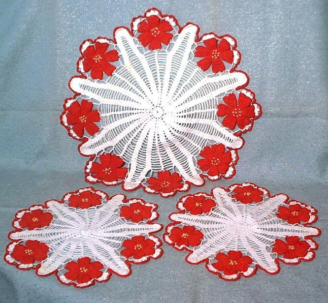 Red Doilies Beautiful 3 Vintage Hand Crocheted Doilies Doily Set White Red Of Luxury 43 Images Red Doilies