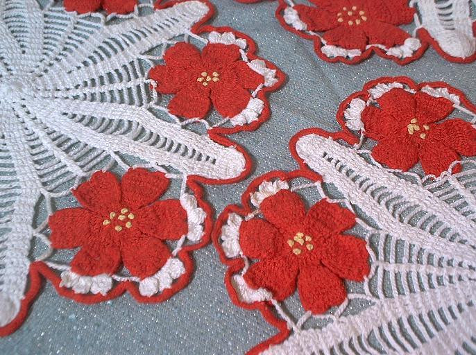 Red Doilies Elegant 3 Vintage Hand Crocheted Doilies Doily Set White Red Of Luxury 43 Images Red Doilies