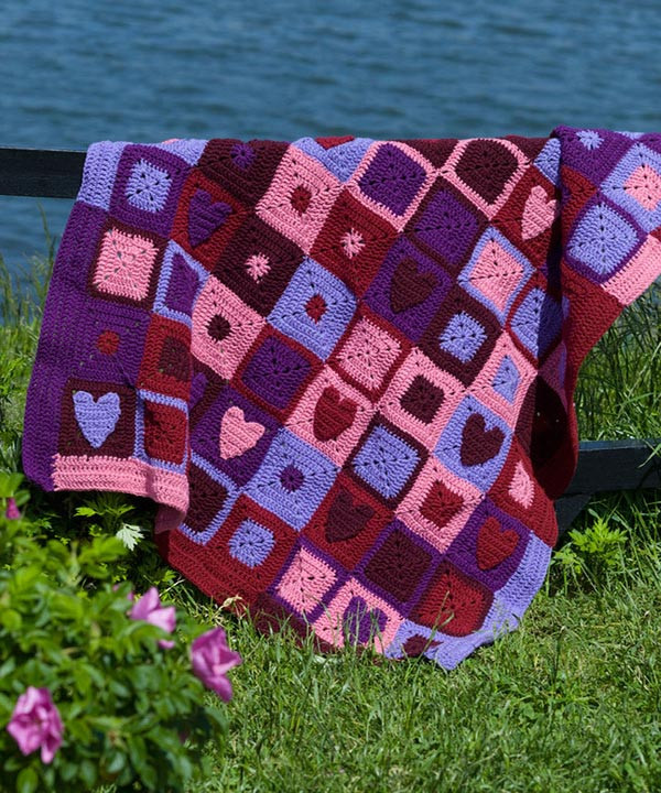 Free Happy Hearts Afghan Crochet Pattern from RedHeart