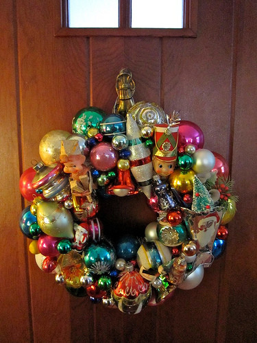 Retro Christmas Decorations Luxury Vintage Christmas ornament Wreath – A Retro Holiday Treat Of Brilliant 48 Pics Retro Christmas Decorations