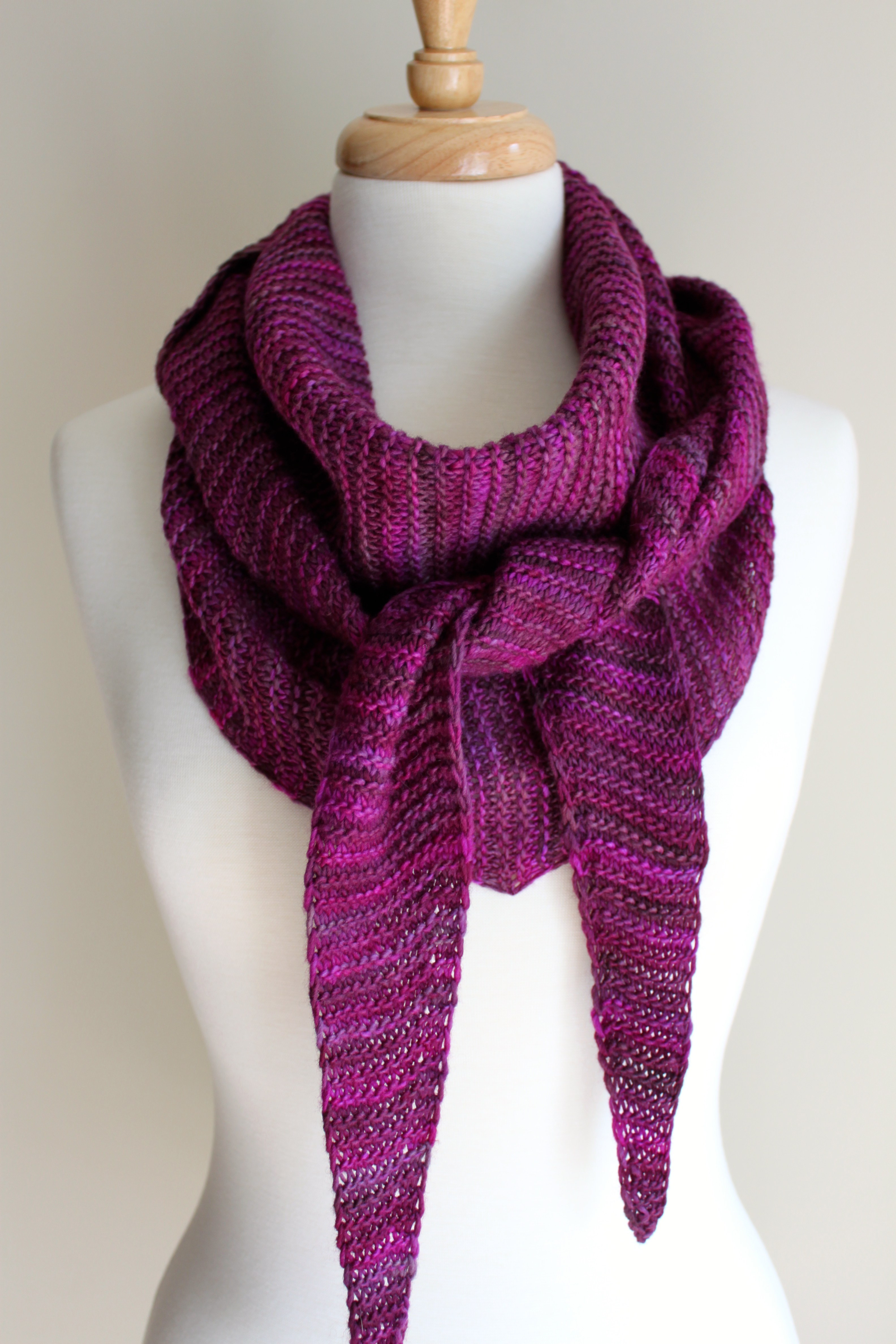 Scarf Knitting Patterns Awesome Free Knitting Patterns totally Triangular Scarf Leah Of Wonderful 41 Pictures Scarf Knitting Patterns