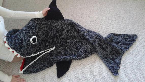 Shark Blanket Pattern Luxury Crochet Pattern Smiley Shark Blanket Cocoon Of New 46 Pics Shark Blanket Pattern