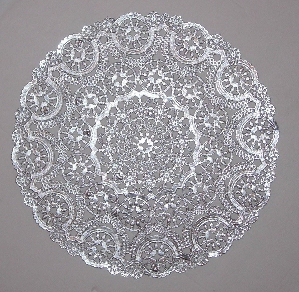Silver Doilies Luxury 12 Metallic Silver Paper Doilies Medallion Style 8 Inch Of Top 47 Pictures Silver Doilies