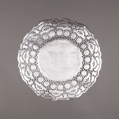 """Silver Paper Doilies Placemats 11 5"""" Round 50 Pack"""