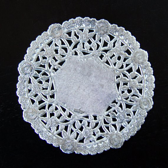 Silver Doilies Unique 4 Decorative Silver Metallic Doilies 25 Quantity Of Top 47 Pictures Silver Doilies