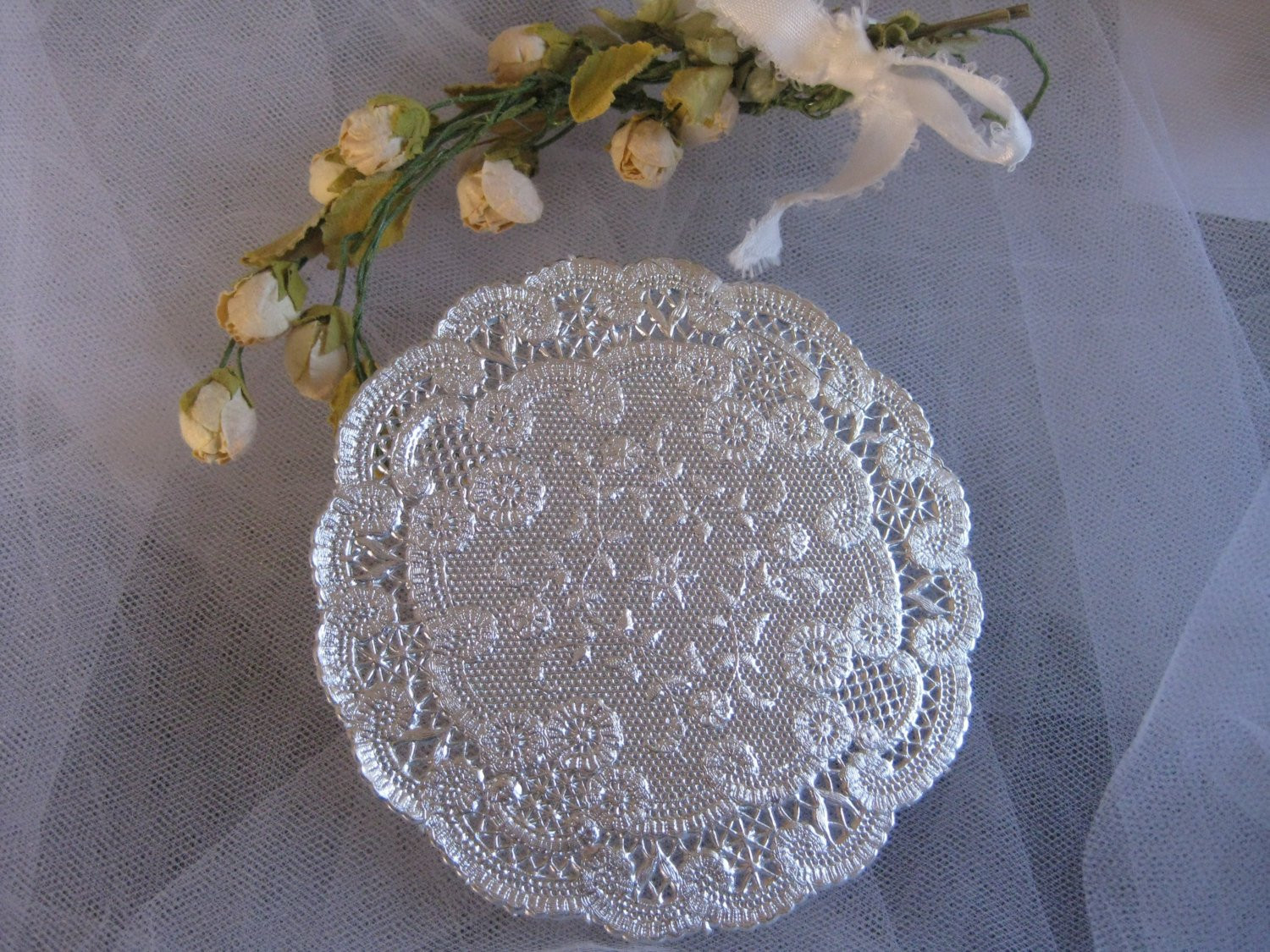 Silver Doilies Unique Vtg 4 Inch Round Silver French Lace Paper Doily Crafts Of Top 47 Pictures Silver Doilies