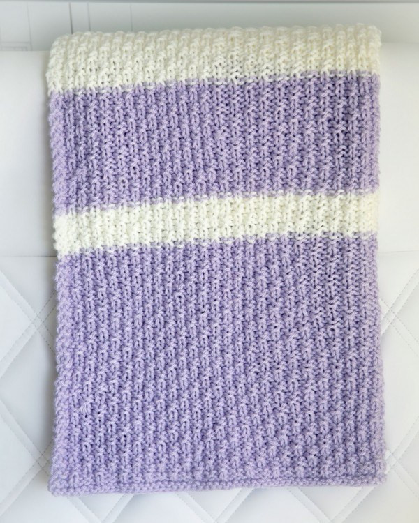 Knit an Easy Blanket for a Baby – Knitting