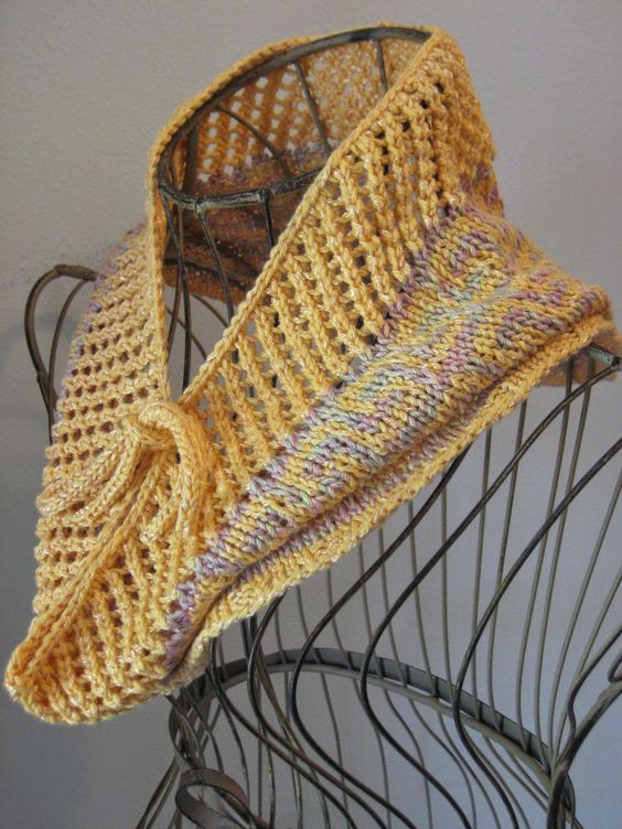 Size 6 Yarn Luxury Fretted Band Cowl Knit with Roughly 200 Yards Of Dk Of Fresh 46 Pics Size 6 Yarn