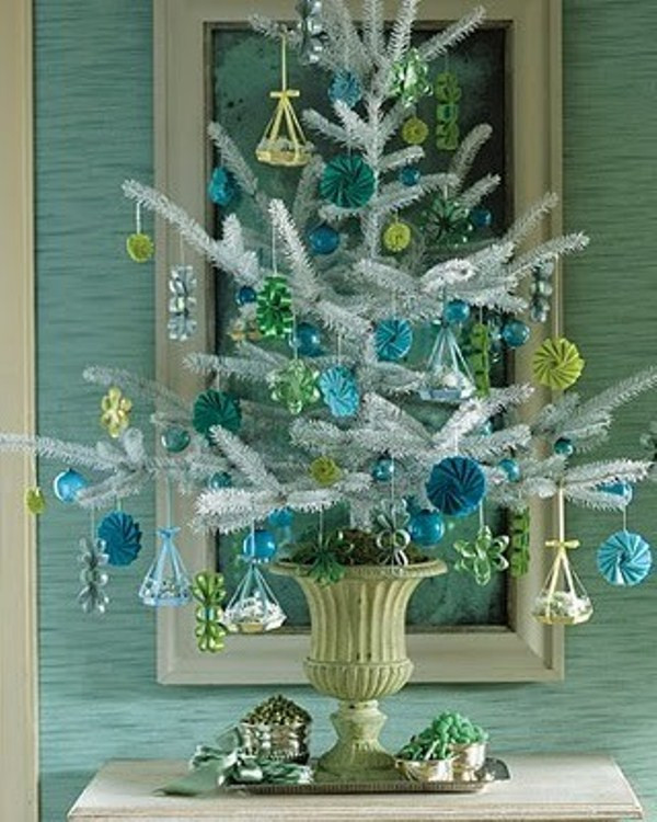 Small Decorated Christmas Trees Elegant 35 Awesome Traditional Christmas Tree Alternatives Of Charming 48 Models Small Decorated Christmas Trees