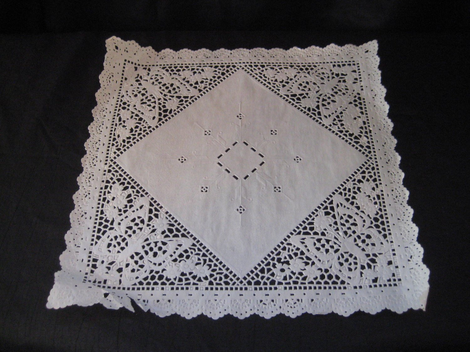 Square Doilies Best Of Square Paper Doily Set Of ornate Doilies Cambridge Lace Of Lovely 50 Pictures Square Doilies