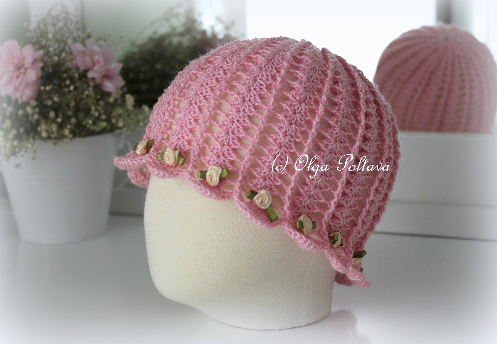 Lacy Crochet Shells and Roses Cloche Hat