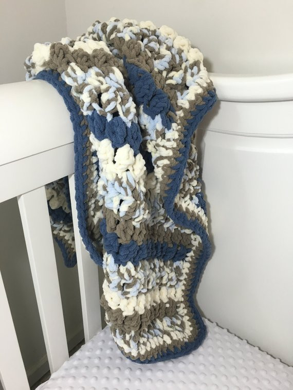 Crochet baby blanket bulky yarn super soft and luxurious
