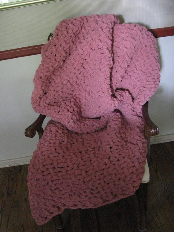 Super Chunky Chenille Yarn Inspirational Knitted Chenille Blanket Throw Dusty Rose Super Chunky Of Brilliant 49 Photos Super Chunky Chenille Yarn
