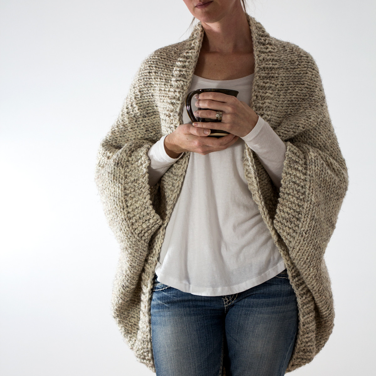 decisiveness oversized scoop sweater knitting pattern