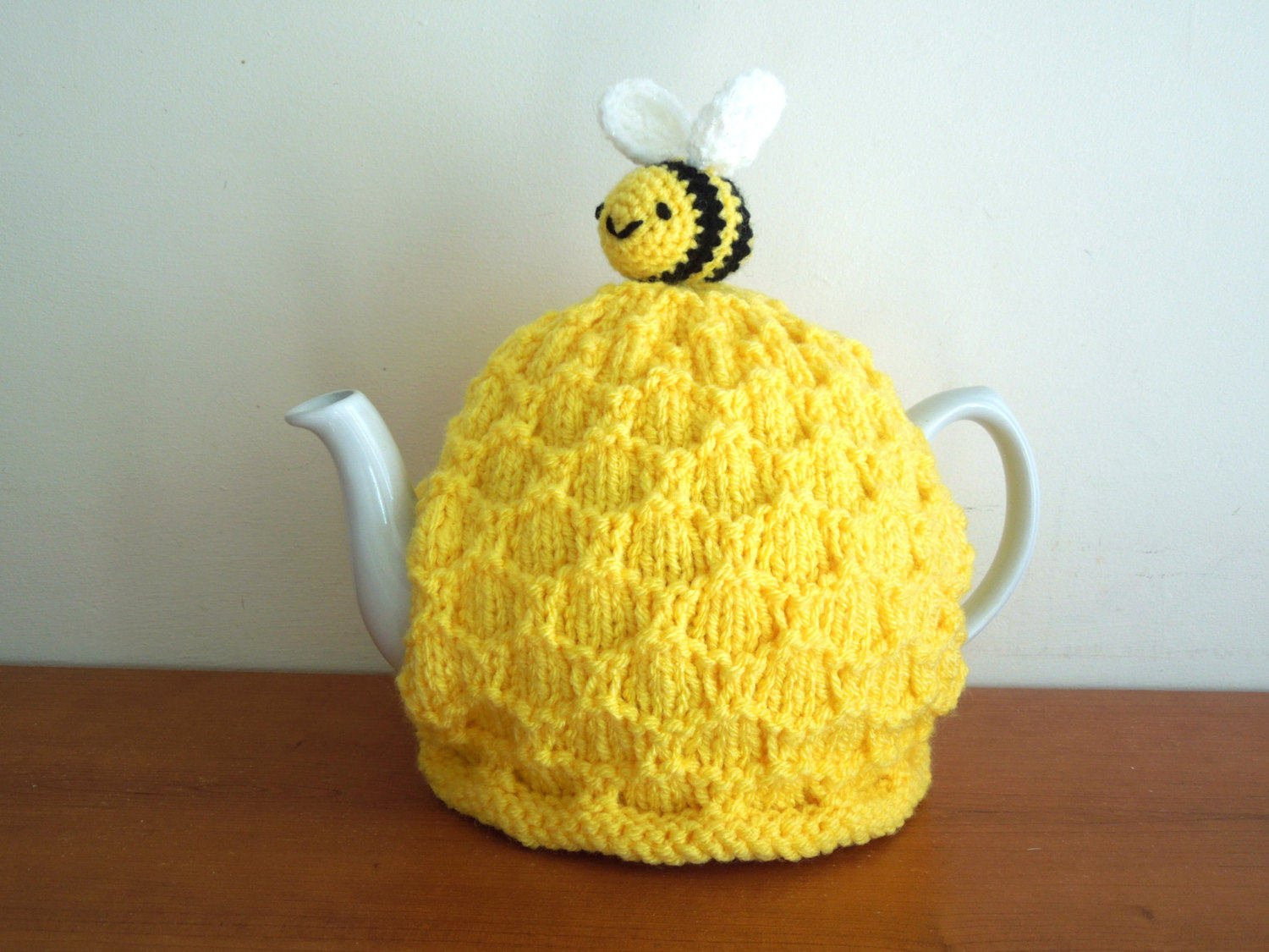 bee tea cosy hand knitted for your