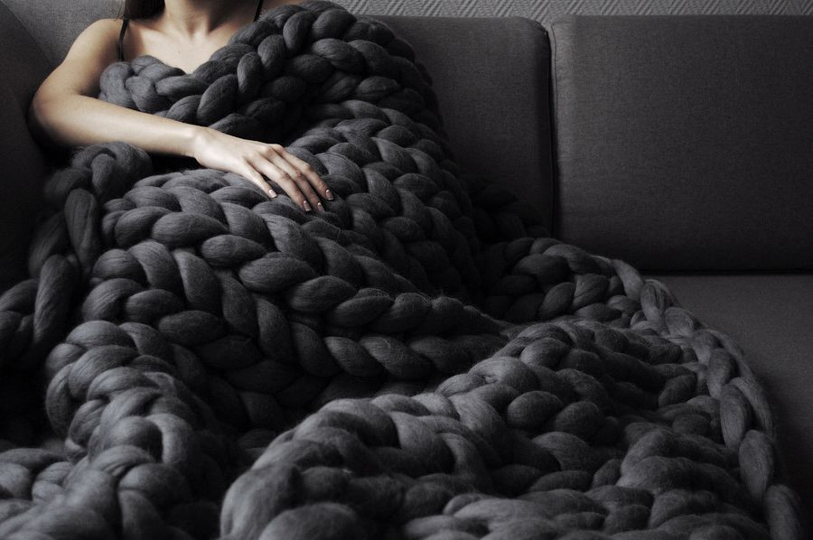 Thick Knit Blanket Best Of Anna Marinenko Uses Her Hands to Knit Ohhio Uber Chunky Of Wonderful 47 Models Thick Knit Blanket