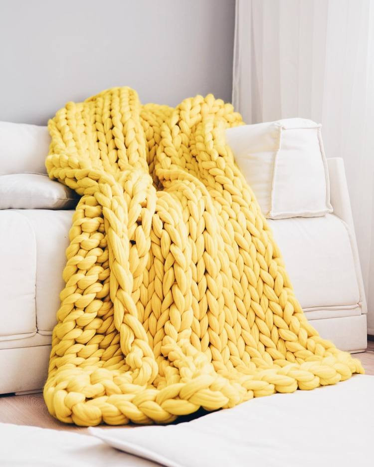 Thick Knit Blanket Unique Giganto Blanket Tutorial Explains How to Make A Chunky Of Wonderful 47 Models Thick Knit Blanket