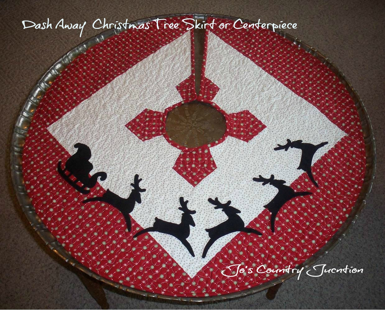Tree Skirt Pattern Inspirational Friday Finish Dash Away Christmas Tree Skirt Of Tree Skirt Pattern Elegant Christmas Goose Tree Skirt & Card Holder