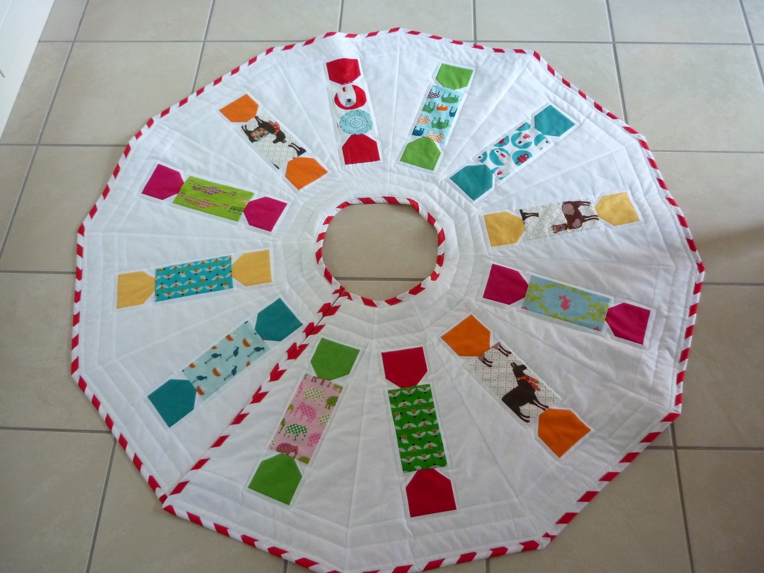 Tree Skirt Pattern Unique Animal Crackers Tree Skirt Pattern · How to Make A Of Tree Skirt Pattern Elegant Christmas Goose Tree Skirt & Card Holder