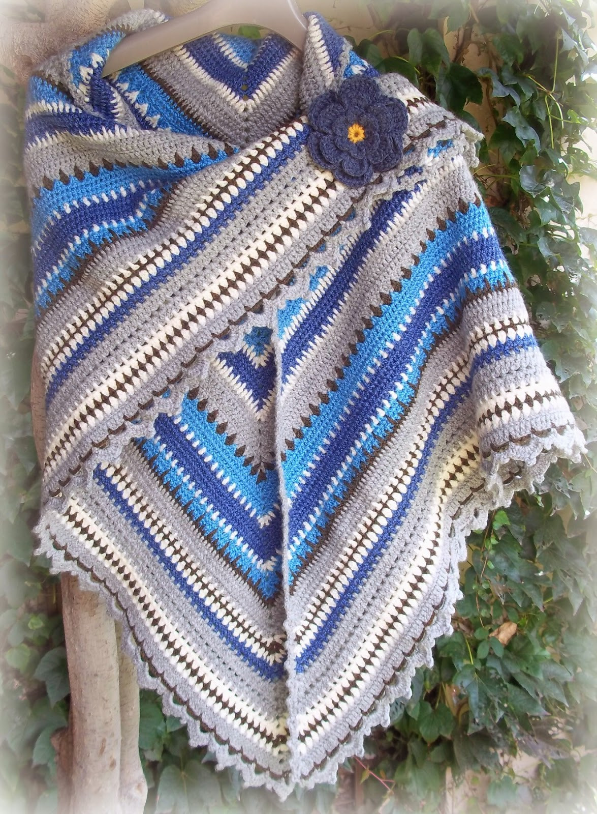 Triangle Shawl Pattern Unique Zooty Owl S Crafty Blog Triangle Shawl forever In Blue Jeans Of Awesome 47 Photos Triangle Shawl Pattern