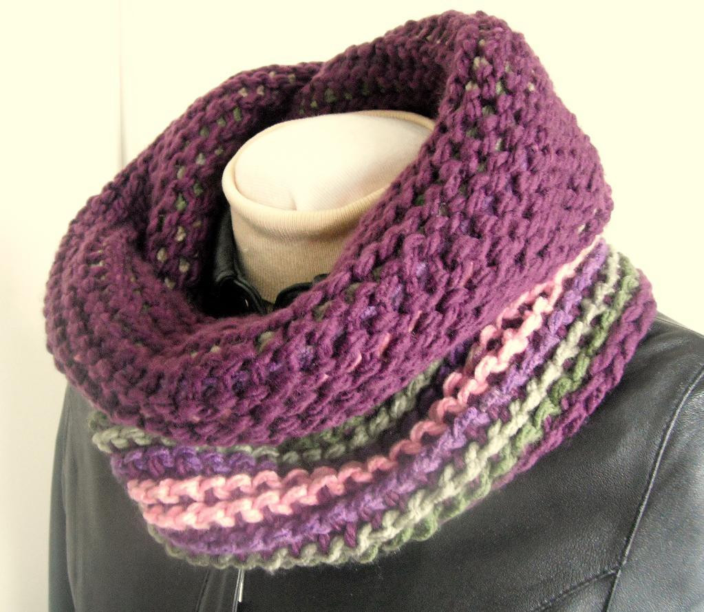 9 Round Scarf Crochet Patterns for Spring