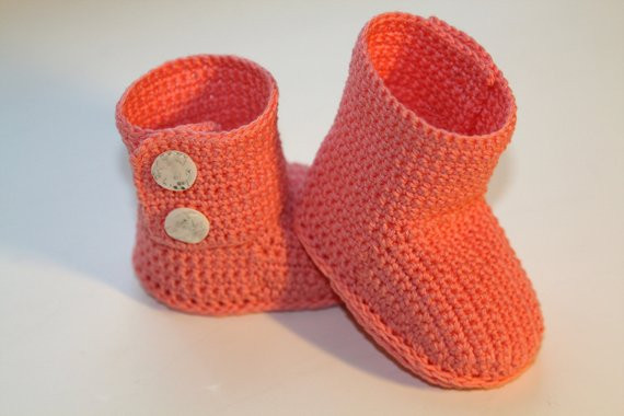 Crochet ugg boot pattern PDF This is a PATTERN for crocheted
