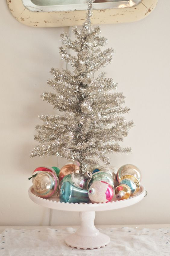 Unique 21 Silver Christmas Tree Décor Ideas Digsdigs Vintage Xmas Decorations Of Beautiful 40 Ideas Vintage Xmas Decorations