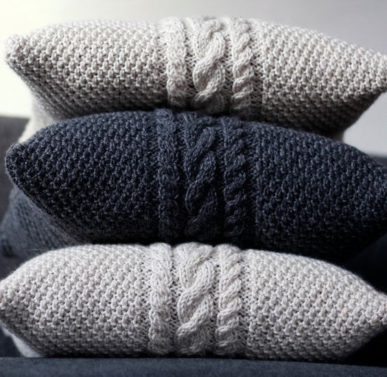 Unique 25 Knit Home Décor Ideas for This Winter Shelterness Knit Pillow Cover Pattern Of Amazing 45 Pics Knit Pillow Cover Pattern