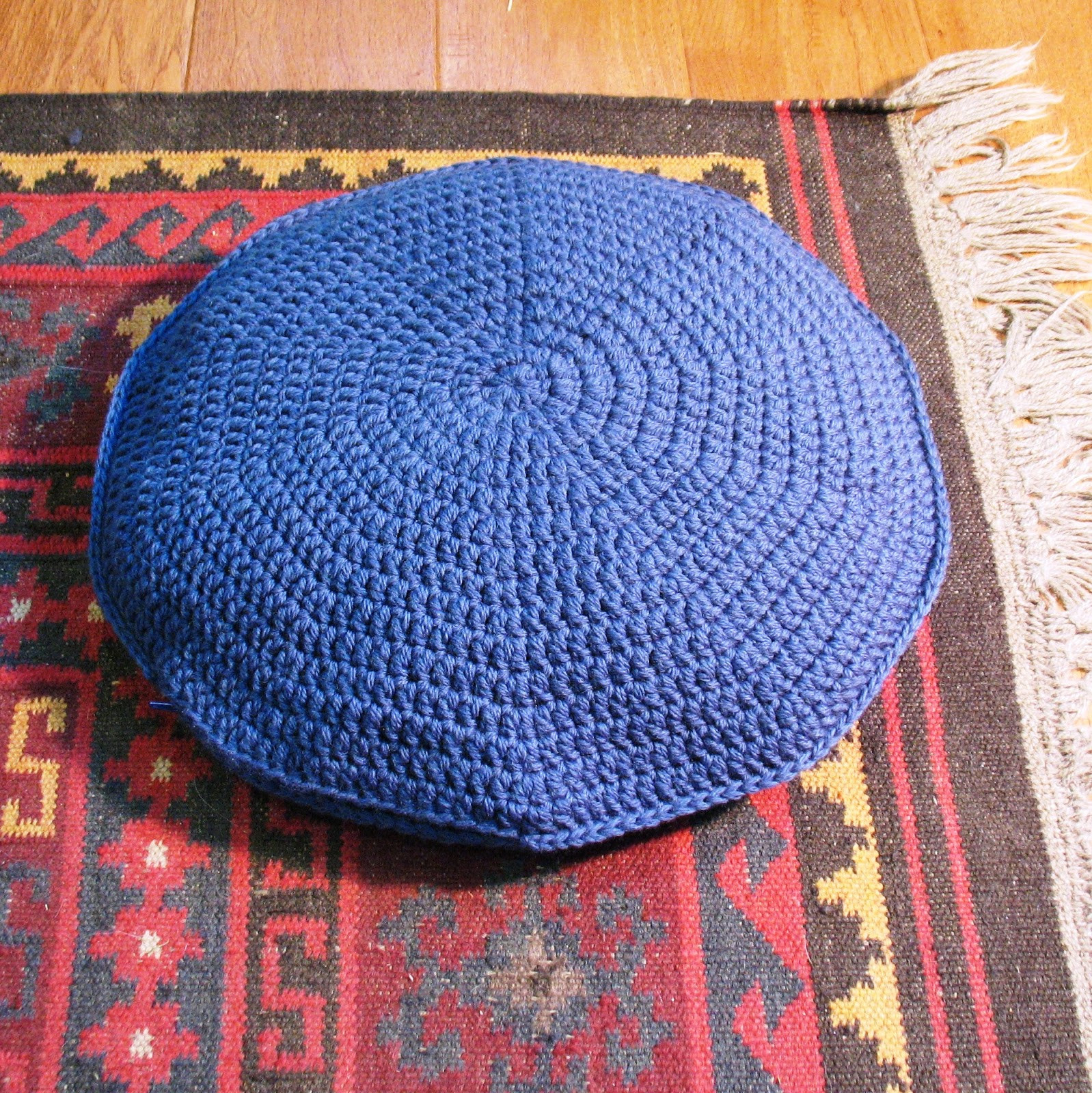 Unique Ball Hank N Skein the Big Easy Round Pillow Pattern Crochet Round Pillow Of Contemporary 43 Models Crochet Round Pillow