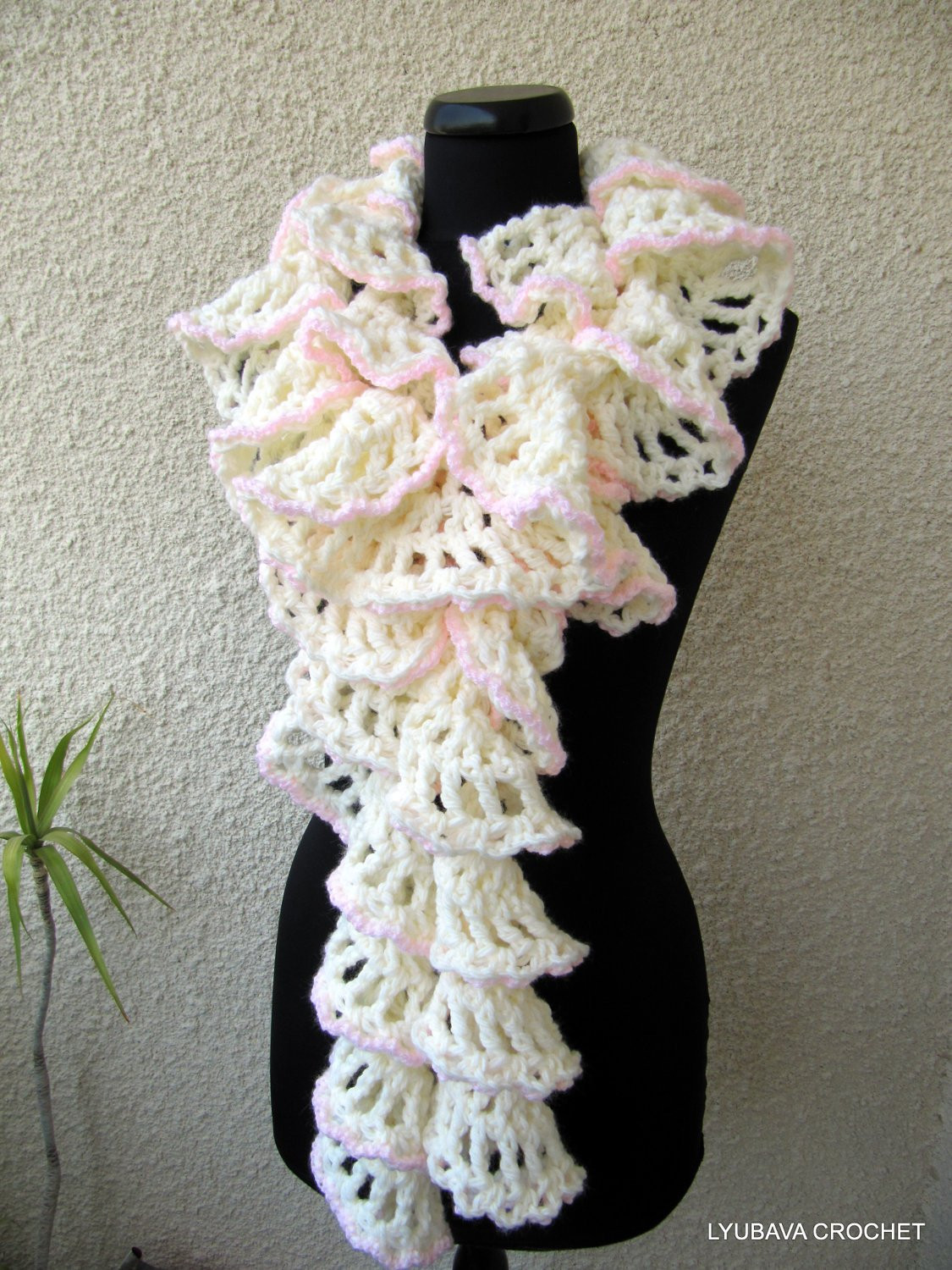 Unique Crochet Scarf Pattern Chunky Crochet Ruffle Scarf Winter Crochet Ruffle Scarf Of Lovely 41 Models Crochet Ruffle Scarf