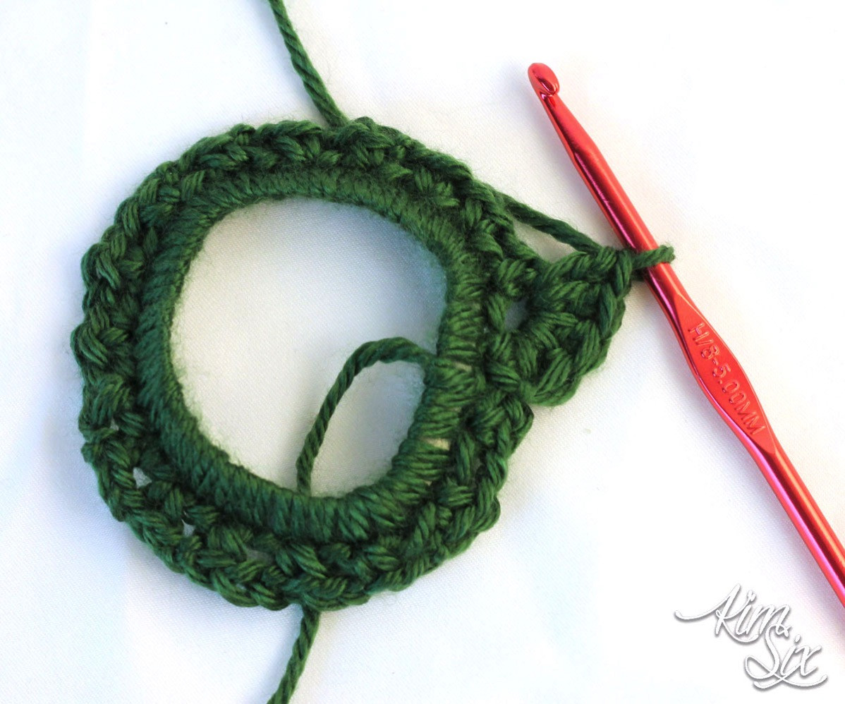 Unique Crocheted Wreath From Plastic Six Pack Rings the Kim Six Fix Double Crochet Circle Pattern Of Charming 50 Pics Double Crochet Circle Pattern