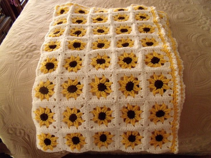 Unique Free Crochet Pattern Sunflower Afghan Dancox for Sunflower Crochet Blanket Of Elegant Hand Crocheted Sunflower Granny Square Blanket Afghan Throw Sunflower Crochet Blanket