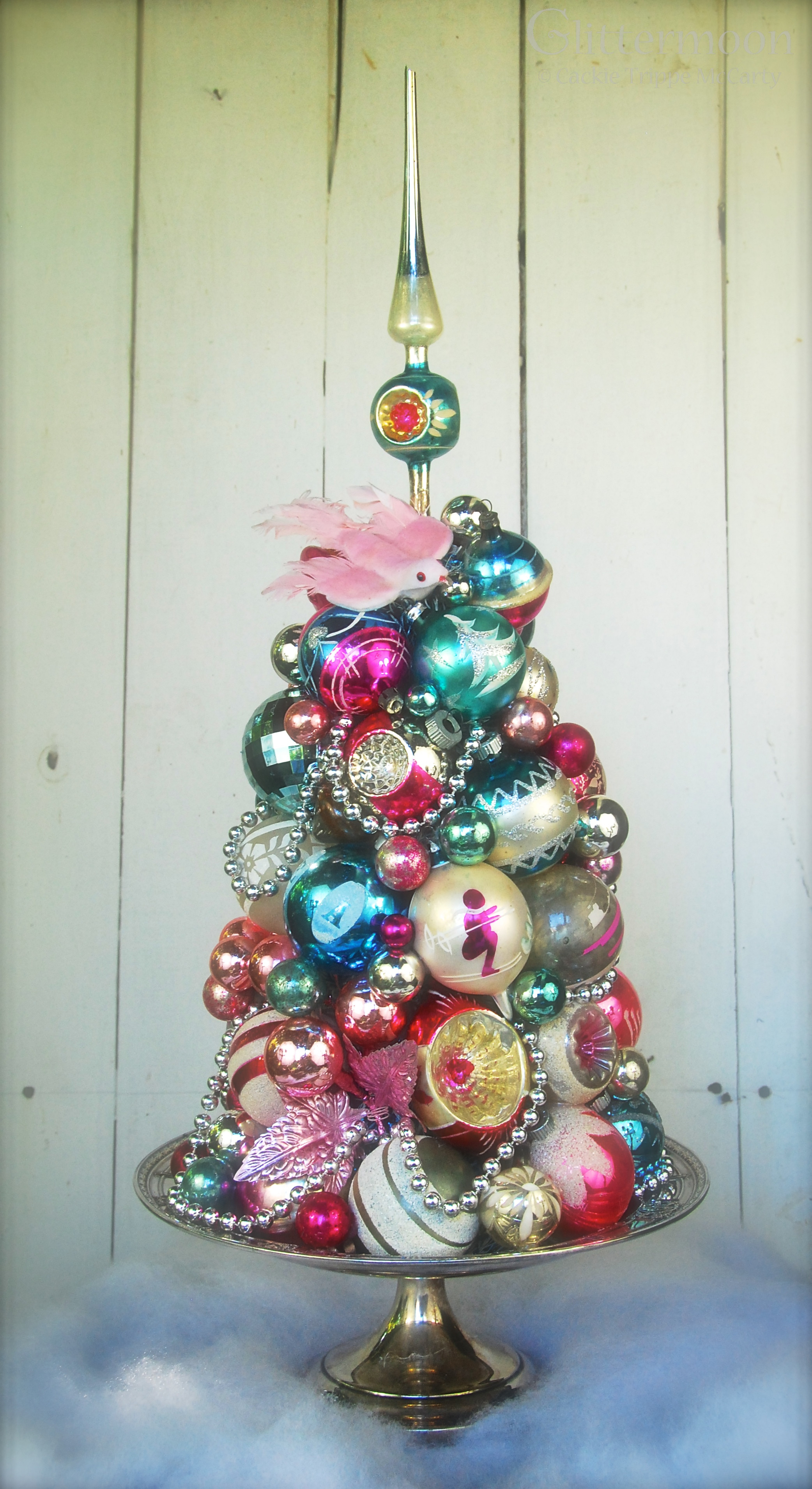 Unique Home Decor On Pinterest Inspired Interior Decorating Vintage Christmas Tree ornaments Of Unique 49 Pics Vintage Christmas Tree ornaments