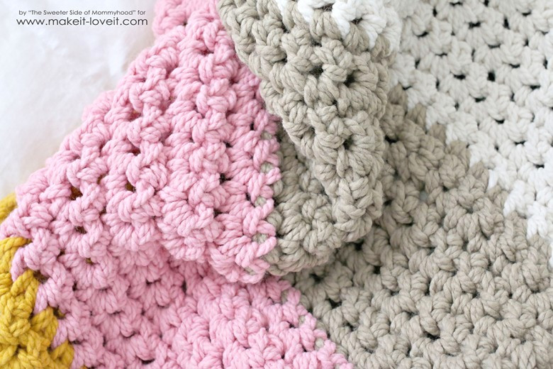 How to Crochet a Chunky Blanket affordable beginner