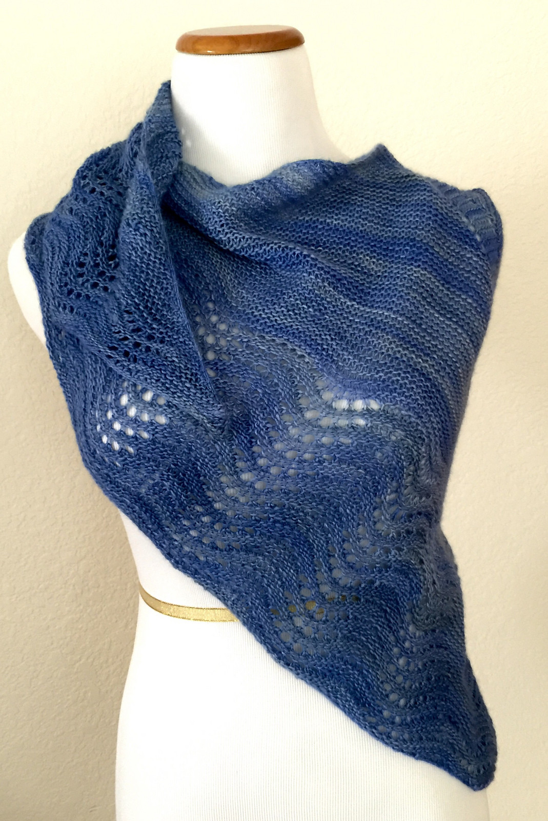 Unique More Easy Shawl Knitting Patterns Free Shawl Patterns Of Beautiful Berroco andean Mist Squelette Shawl Free Knitting Pattern Free Shawl Patterns