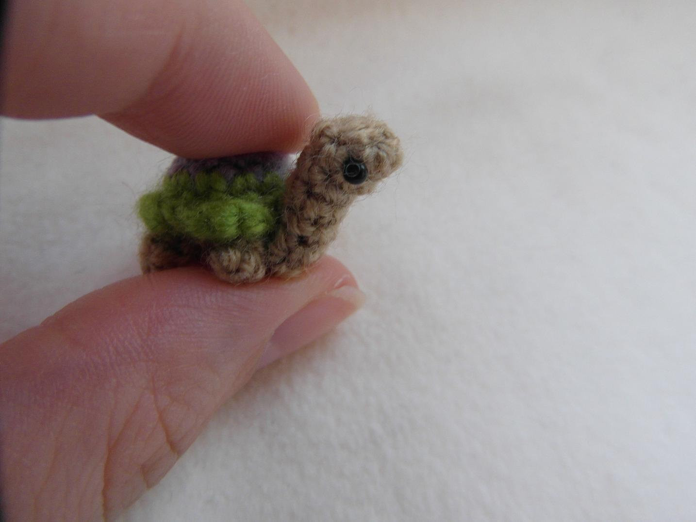 Oh so tiny Turtle crochet PATTERN PDF instructions