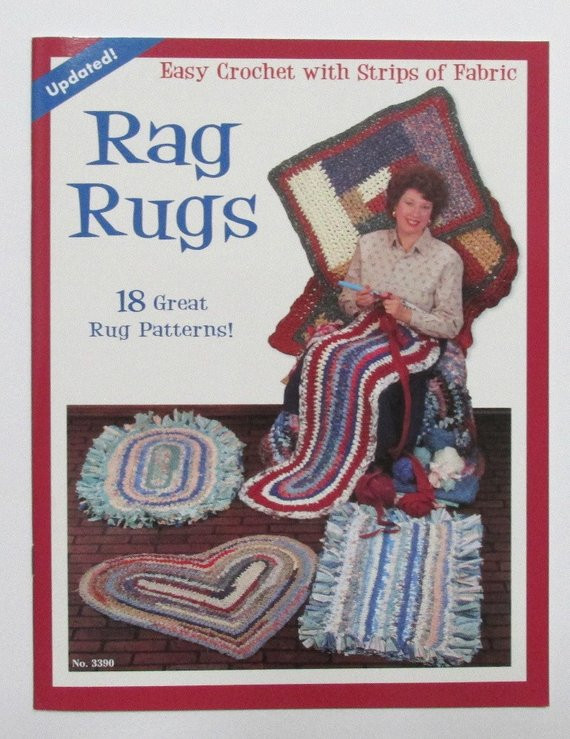Unique Rag Rugs Easy Crochet with Strips Of Fabric Design Crochet Rug with Fabric Strips Of Lovely Goat Feathers Crochet Rug and Purse Crochet Rug with Fabric Strips