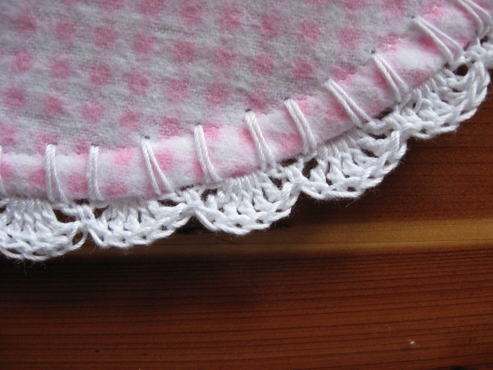 Tammy s Times Simple Scalloped Edging for a Receiving