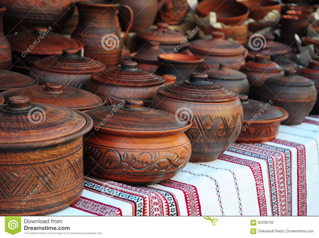 Unique Traditional Ceramic Jugs Decorative towel Showcase Pottery Clay for Sale Of Fresh Polévkáč – Cena 120 Pottery Clay for Sale